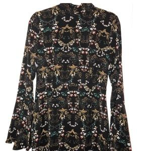 NWT Crepe Floral Flare Sleeve Shift Dress